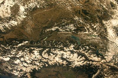 Як складка на скатертині в порівнянні з Гімалаями. Астронавт продемонстрував Альпи з орбіти