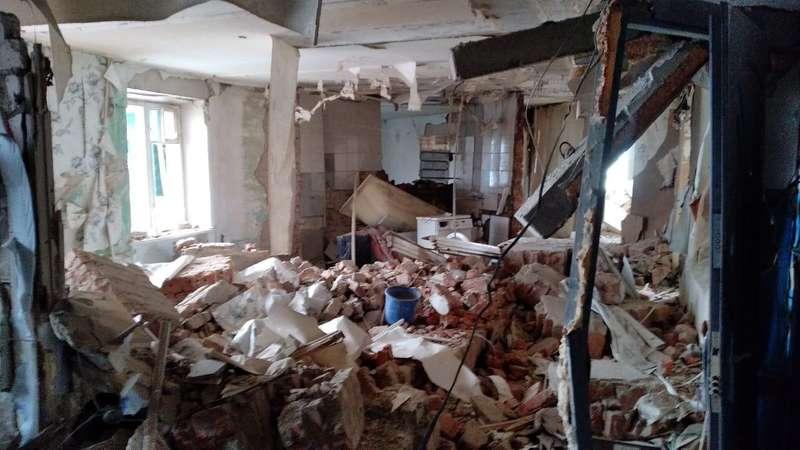 Вибух у Фастові: 10 людей евакуйовано, один випав з 5 поверху