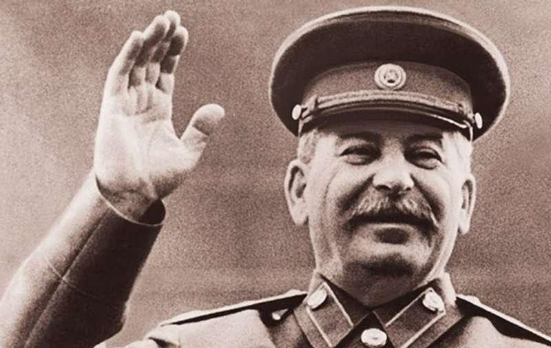 Телефонну книгу Сталіна продали з молотка