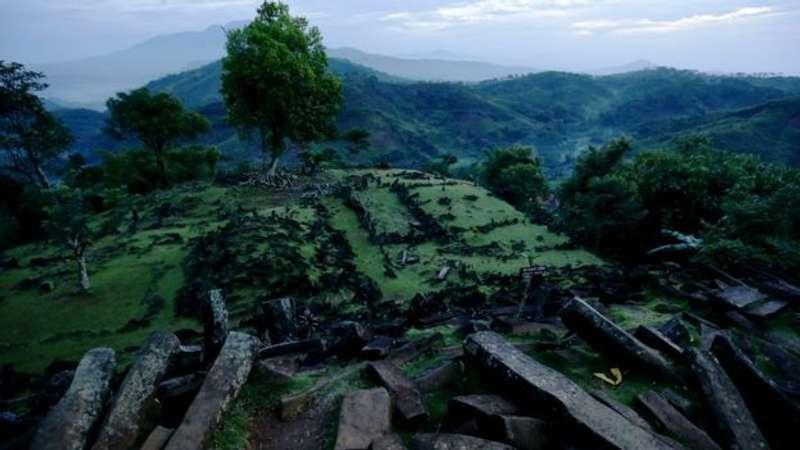 Індонезійські археологи заявили, що найдавніший храм існував на острові Ява