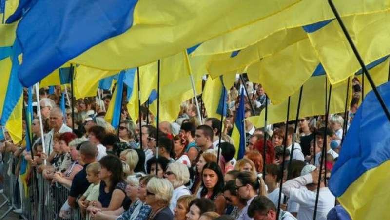 Держстат нарахував ледь більше 42 мільйонів українців