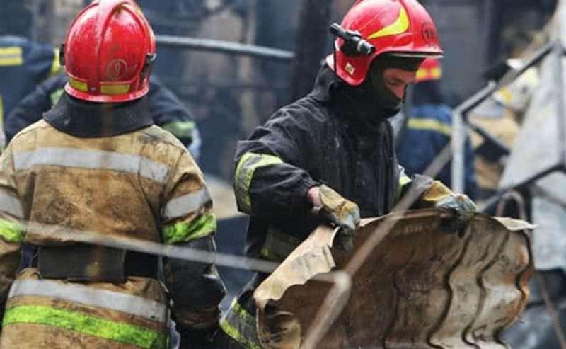 Кривий Ріг провів старий рік пожежею у багатоповерхівці: є постраждалі
