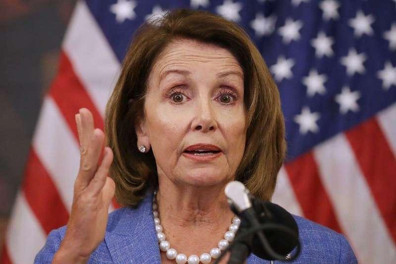 Третя після Президента: у Палаті представників США головуватиме Ненсі Пелосі, друг України
