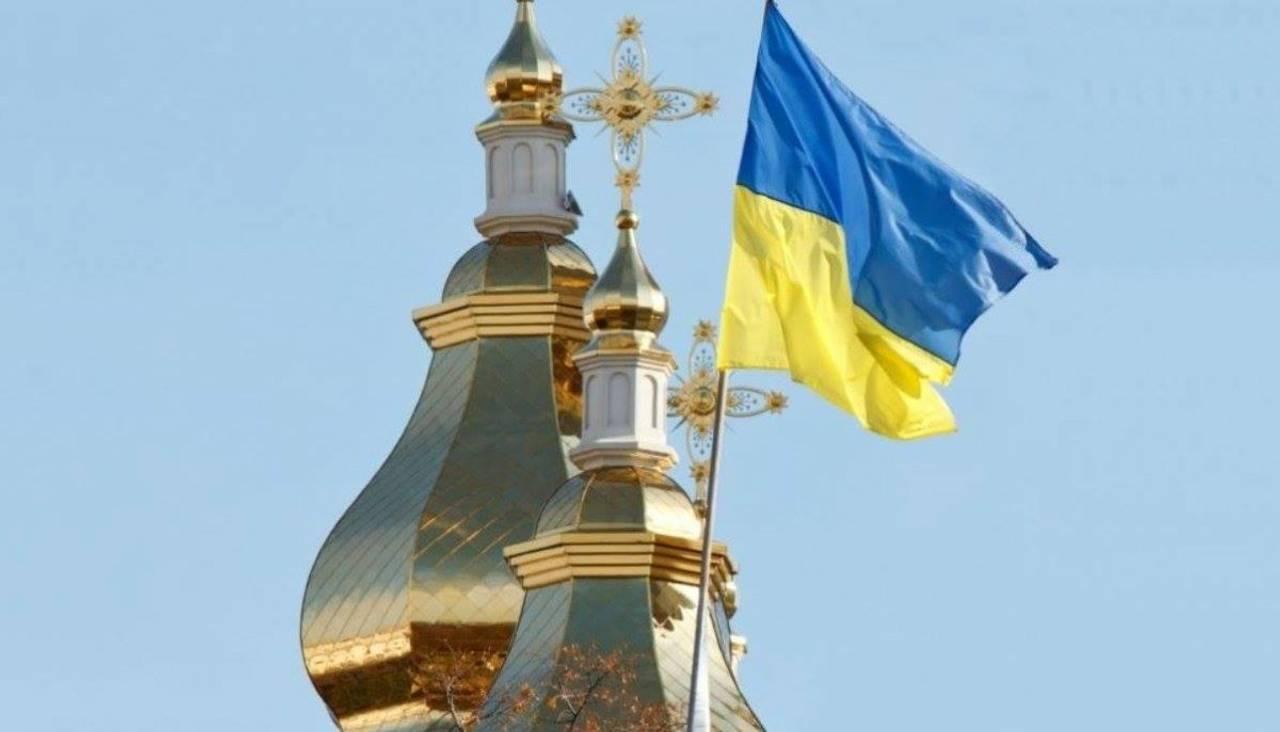 Голова ВР повідомив, скільки парафій перейшло з Московського патріархату до ПЦУ