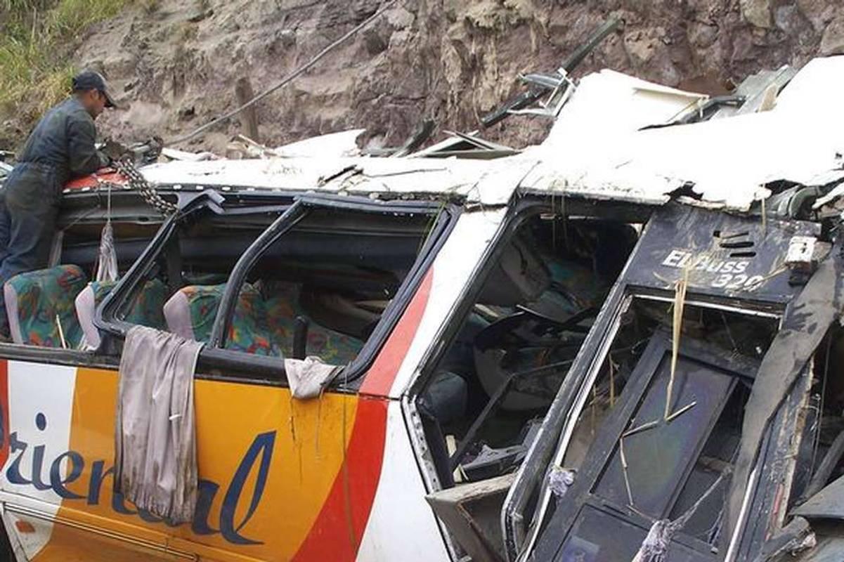 На Кубі перекинувся автобус з іноземцями, є загиблі