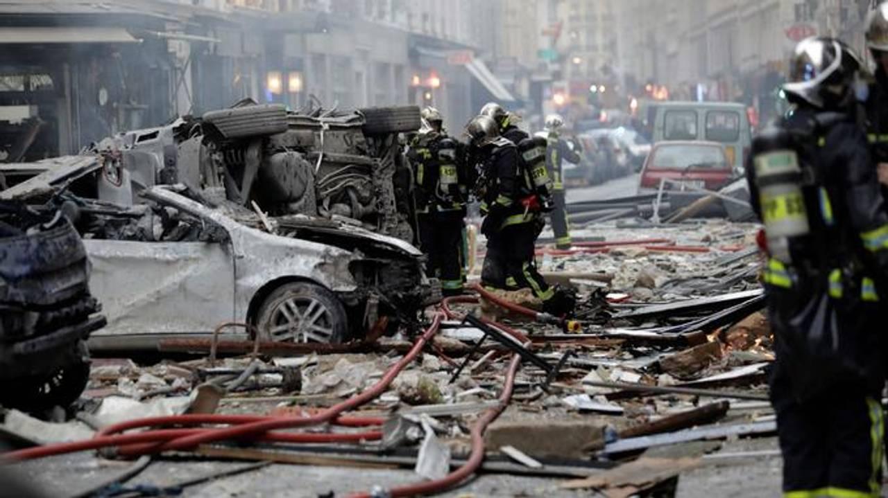Вибух у Парижі: 12 людей важко поранені