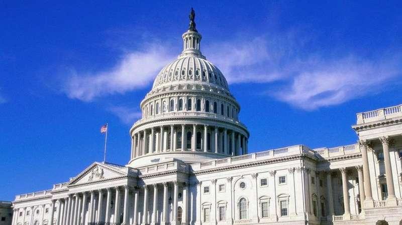 У США конгресмен втрапив у курйоз пов'язаний з алкоголем