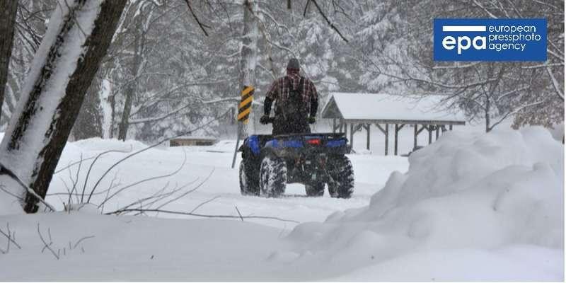 Сніговий шторм в США: загинули семеро людей