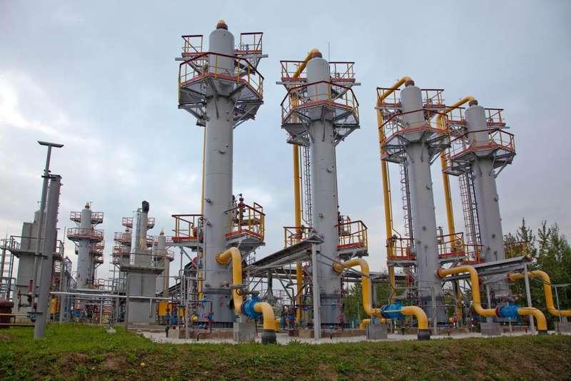 За два місяці запаси газу в газосховищах України скоротилися на 25%