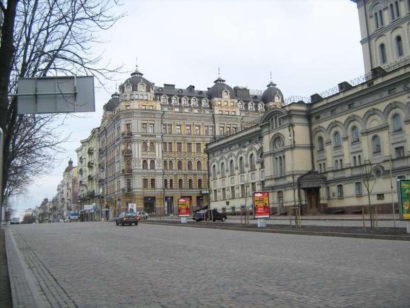 У Києві відремонтують три центральні вулиці