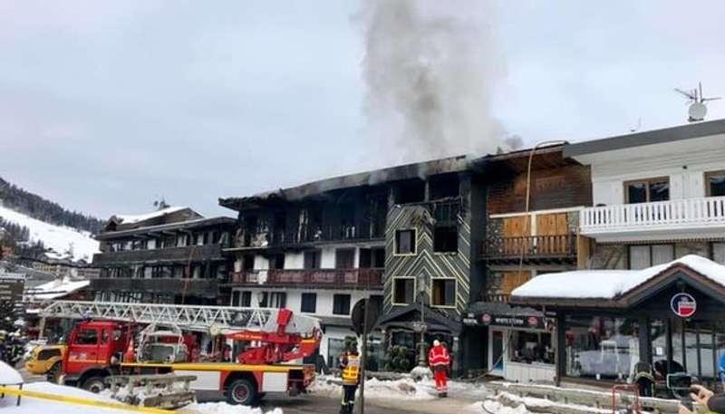 Кількість постраждалих від пожежі в Куршевелі зросла до 25
