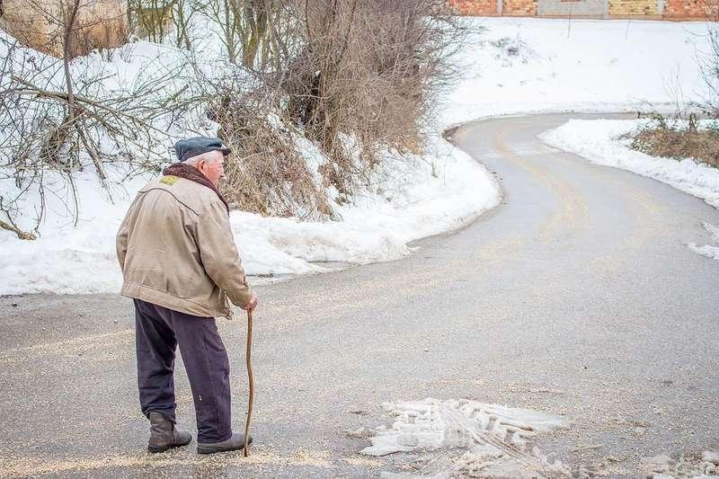 (Не)бідна старість: яким є і яким має бути співвідношення пенсій із зарплатами?