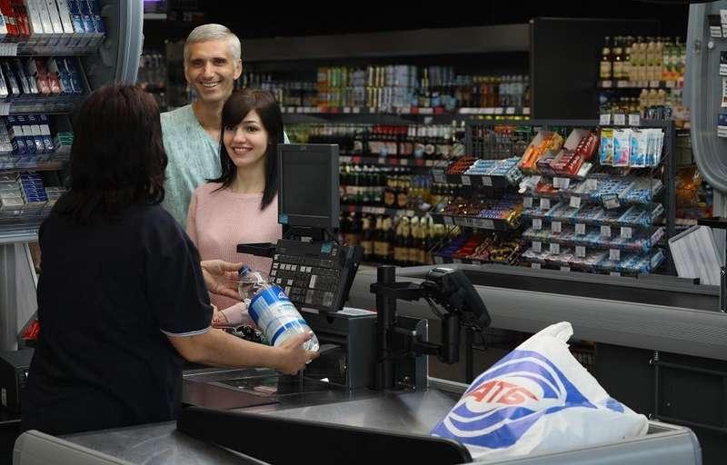 Особливості національної торгівлі: як економити кошти, купуючи продукти в супермаркетах