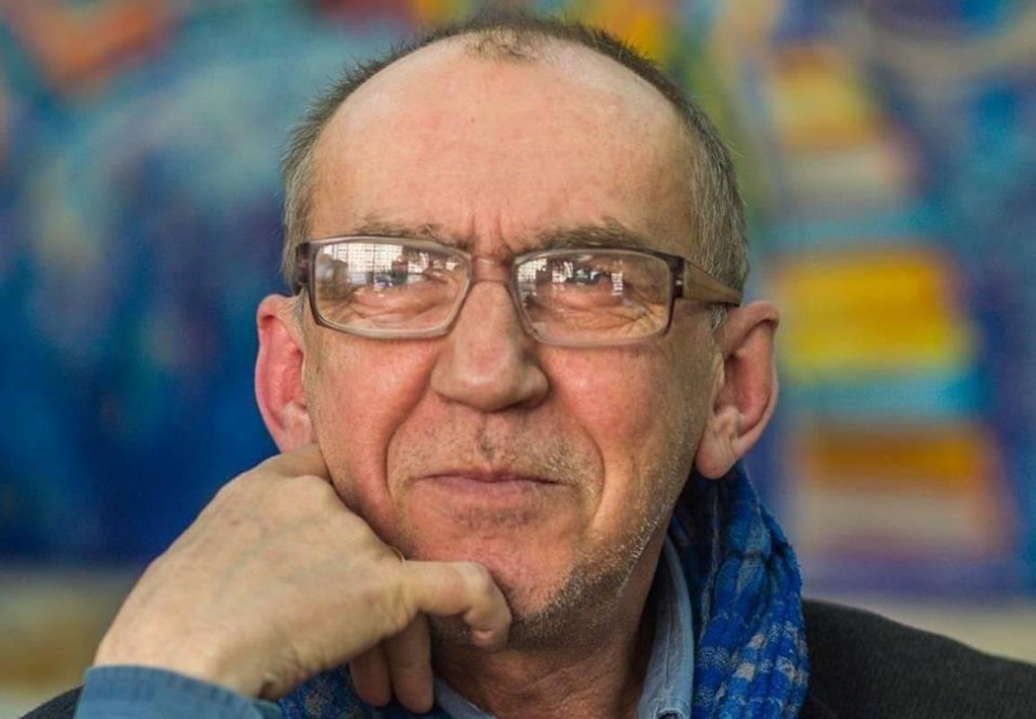 Олександр Ірванець, письменник