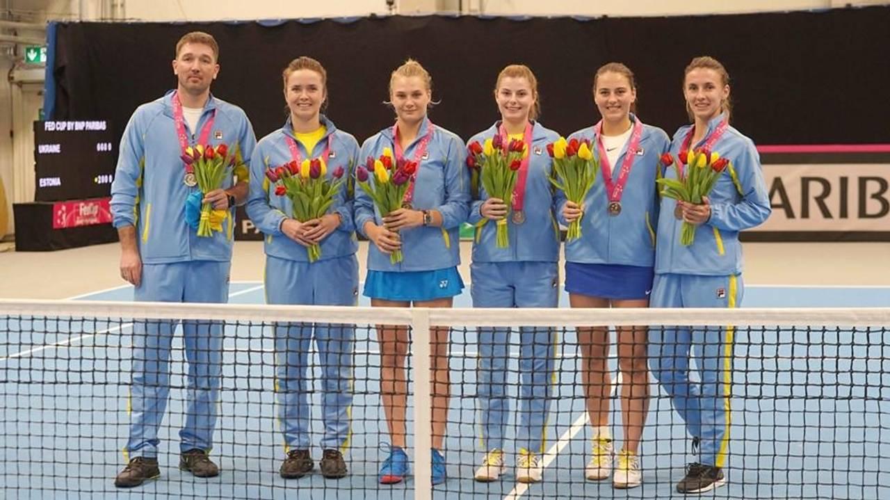 Фото зі сторінки НОК України та олімпійська команда у Facebook