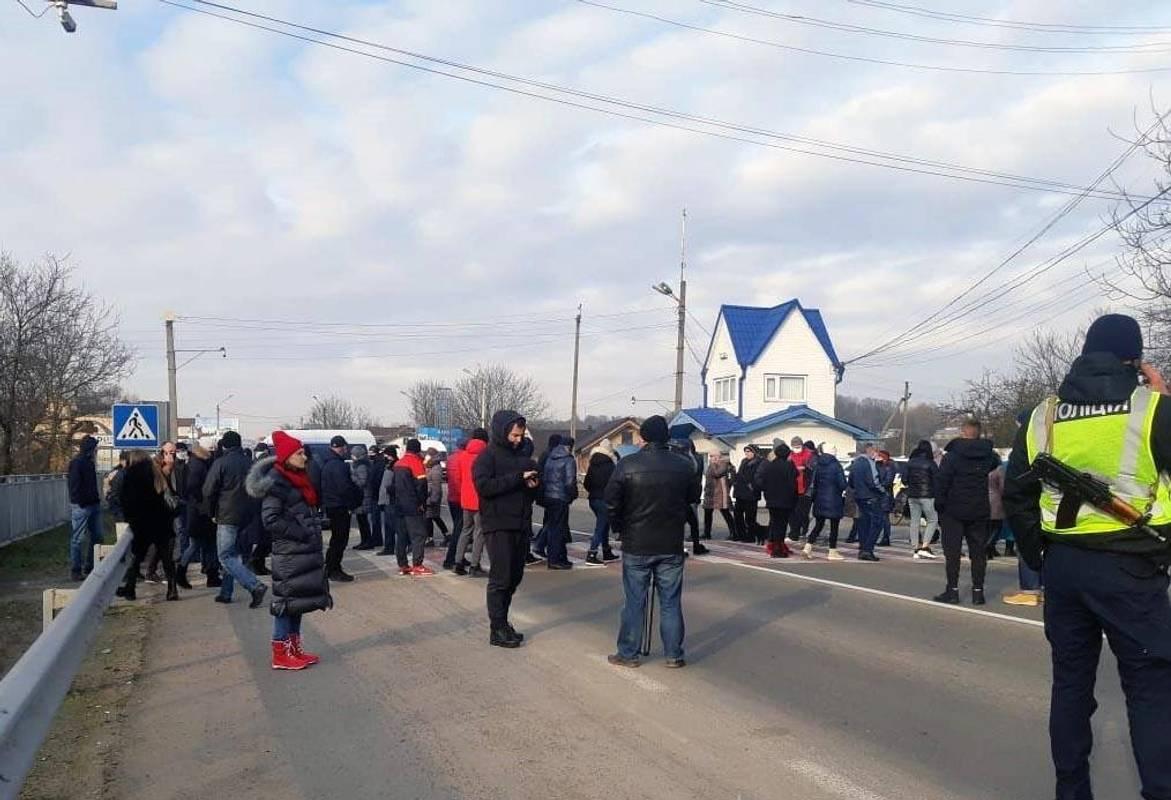 Тарифні бунти: у регіонах відновилися протести проти підвищення цін на енергоносії